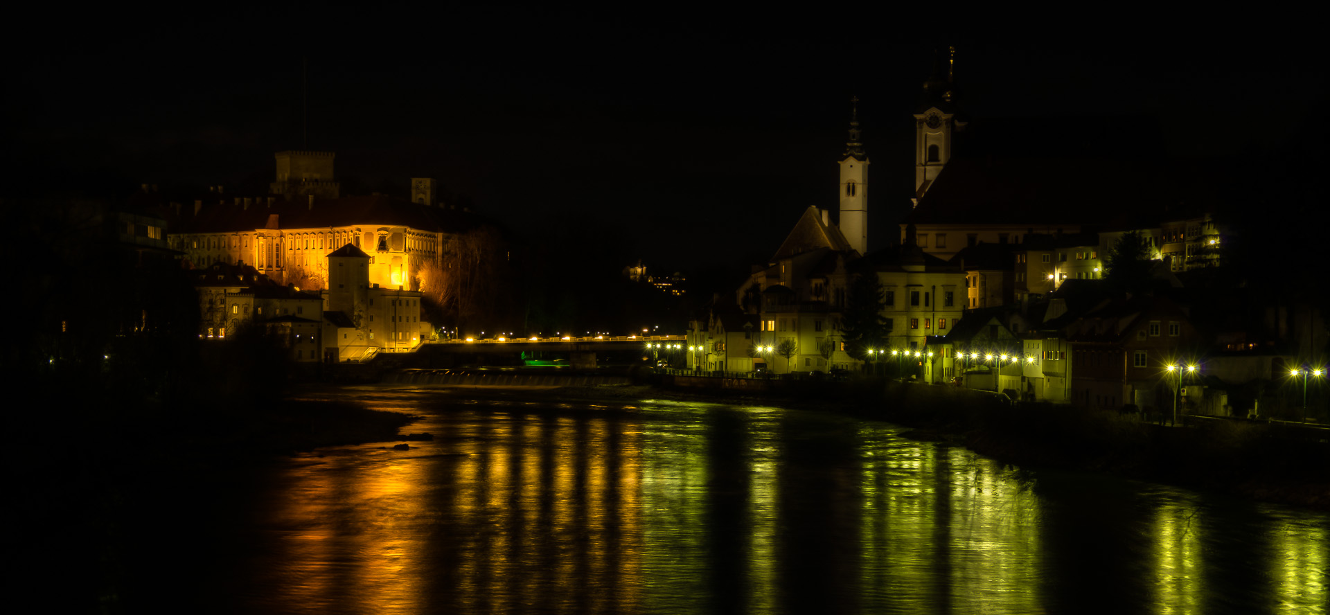 steyr at night